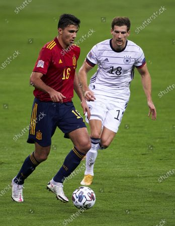 Rodrigo Hernandez of Spain competes for the ball with Leon Goretzka of Germany during the UEFA Nations League group stage match between Spain and Germany at Estadio de La Cartuja on November 17, 2020 in Seville, Spain.