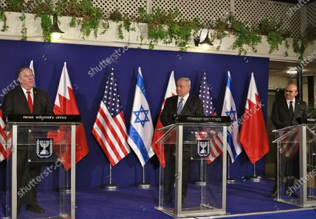 (L to R) US Secretary of State Mike Pompeo, Israeli Prime Minister Benjamin Netanyahu, and Bahrain's Foreign Minister Abdullatif bin Rashid Al Zayani give a press conference after their trilateral meeting