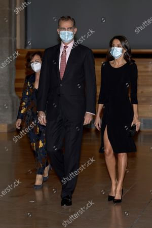 Spain's King Felipe VI (C) and Queen Letizia (R), accompanied by Deputy Prime Minister Carmen Calvo (R), chair the Francisco Cerecedo Journalism Awards' handover ceremony held in Madrid, Spain, 18 November 2020.