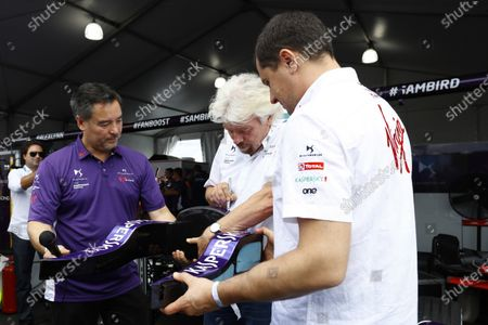2016/2017 FIA Formula E Championship. Round 9 - New York City ePrix, Brooklyn, New York, USA. Saturday 15 July 2017. Alex Tai and Sir Richard Branson. Photo: Alastair Staley/LAT/Formula E