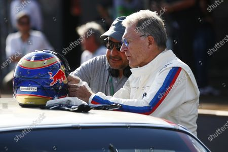 Red Bull Ring, Spielberg, Austria. Saturday 08 July 2017. Veteran BMW racer Dieter Quester at the Legends Parade. World Copyright: Andy Hone/LAT Images
