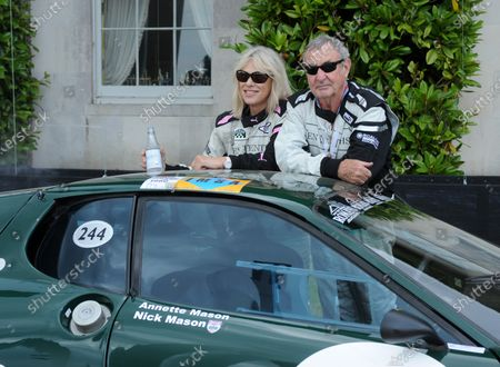 2017 Goodwood Festival of Speed Goodwood Estate, West Sussex,England 30th June - 2nd July2017 Annette and Nick Mason, Ferrari Daytona World Copyright : Jeff Bloxham/LAT Images Ref : Digital Image