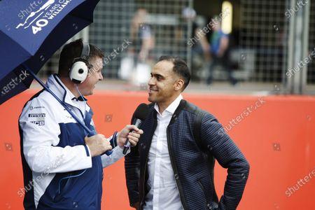 Williams 40 Event Silverstone, Northants, UK Friday 2 June 2017. David Croft talks to Pastor Maldonado. World Copyright: Joe Portlock/LAT Images