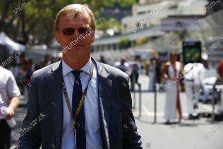 Monte Carlo, Monaco. Sunday 28 May 2017. Former world rally champion Ari Vatanen on the grid. World Copyright: Andrew Hone/LAT Images
