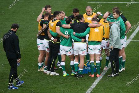 Stock Image of Ireland team huddle  - Ireland head coach Andy Farrell (L)