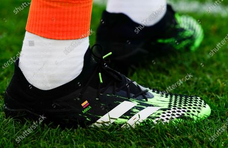 The personalises Adidas boots of Yerry Mina of Everton
