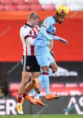 Sebastien Haller of West Ham United and Oli McBurnie of Sheffield United