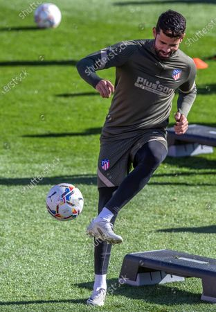 Atletico Madrid's striker Diego Costa performs during his team's training session at Wanda Sports City in Majadahonda, Madrid, Spain, 20 November 2020. Atletico Madrid will face FC Barcelona in their Spanish La Liga soccer match on 21 November 2020.