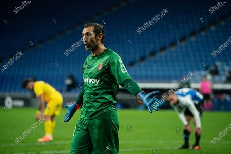 Espanyol's goalkeeper Diego Lopez reacts during a Spanish second division football match between RCD Espanyol and Girona FC in Cornella, Spain, Nov. 20, 2020.