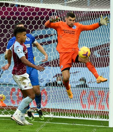 Goalkepeer Mathew Ryan (R) of Brighton in action during the English Premier League soccer match between Aston Villa and Brighton Hove Albion in Birmingham, Britain, 21 November 2020.