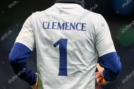 A Tottenham player wears a shirt in memory of late England goalkeeper Ray Clemence, who died on 15 November, ahead of the English Premier League soccer match between Tottenham Hotspur and Manchester City in London, Britain, 21 November 2020.