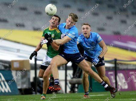 Dublin vs Meath. Meath's Shane McEntee is tackled by Sean Bugler of Dublin