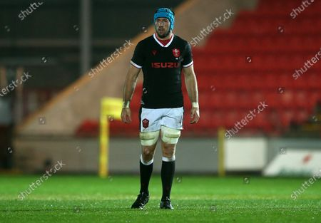 Justin Tipuric of Wales.