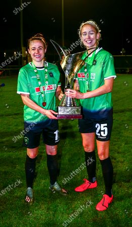 Peamount United vs Shelbourne. Peamount's Aine O'Gorman and Stephanie Roche celebrate with the trophy