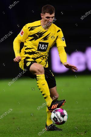Dortmund's Thomas Meunier in action during the German Bundesliga soccer match between Hertha BSC Berlin and Borussia Dortmund in Berlin, Germany, 21 November 2020.
