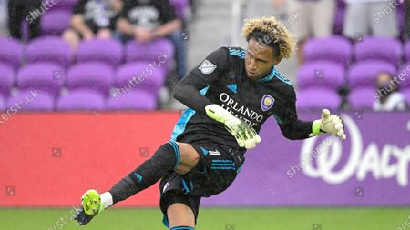 Orlando City goalkeeper Pedro Gallese (1) kicks the ball up the pitch during the second half of an MLS soccer playoff match against the New York City FC, in Orlando, Fla