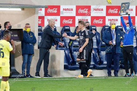 "(L-R) Zinedine Zidane, Martin Odegaard (Real) - Football / Soccer : Spanish ""La Liga Santander"" match between Villarreal CF 1-1 Real Madrid CF at the Estadio de la Ceramica in Vila-Real, Spain."