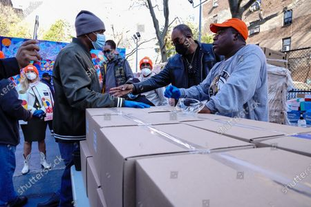 Stock Picture of Tracy Morgan, Food Bank For New York City seen during the Thanksgiving celebration.