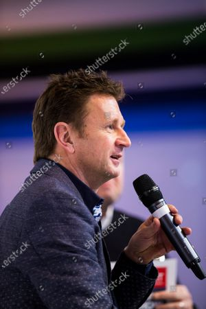 Autosport International Exhibition. National Exhibition Centre, Birmingham, UK. Sunday 15 January 2017. Allan McNish is interviewed on the Autosport stage Photo: Sam Bloxham/LAT Photographic