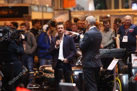Autosport International Exhibition. National Exhibition Centre, Birmingham, UK. Saturday 14 January 2017. Stuart Codling and Allan McNish. World Copyright: Mike Hoyer/EbreyLAT Photographic. Ref: MDH39235