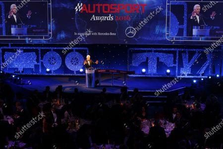 Stock Picture of 2016 Autosport Awards. Grosvenor House Hotel, Park Lane, London. Sunday 4 December 2016. Steve Rider opens the 2016 Autosport awards. World Copyright: /LAT Photographic.