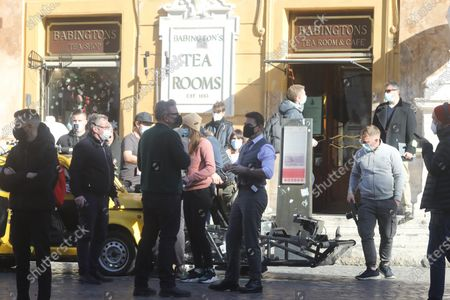 Tom Cruise, Christopher McQuarrie (Piazza di Spagna)