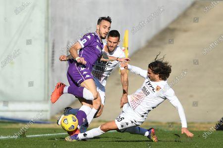 "Gaetano Castrovilli (Fiorentina)Christian Maggio (Benevento)Perparim Hetemaj (Benevento)           during the Italian ""Serie A"" match between Fiorentina 0-1 Benevento  at  Artemio Franchi Stadium in Florence, Italy."