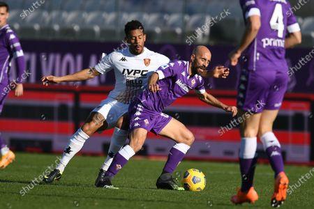 "Borja Valero (Fiorentina)Andres Tello (Benevento)           during the Italian ""Serie A"" match between Fiorentina 0-1 Benevento  at  Artemio Franchi Stadium in Florence, Italy."