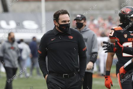 Oregon State head coach Jonathan Smith walks off the field prior to an NCAA college football game against California in Corvallis, Ore