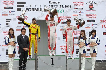 2016 Japanese Formula 3 Championship. Sugo, Japan. 24th - 25th September 2016. Rd 15, 16 & 17. Rd.15 Winner Kenta Yamashita ( #36 ZENT TOM'S F312 ) 2nd position Jann Mardenborough ( #22 B-MAX NDDP F3 ) 3rd position Sho Tsuboi ( #37 ZENT TOM'S F314 ) podium, portrait World Copyright : Yasushi Ishihara/LAT Photographic Ref : 2016JF3_Rd15_17SUGO_008