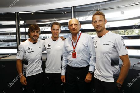 Autodromo Nazionale di Monza, Italy. Saturday 03 September 2016. Ron Dennis, Executive Chairman, McLaren Automotive, announces that Stoffel Vandoorne will partner Fernando Alonso, McLaren, in 2017, as Jenson Button steps down from a Formula 1 race seat. World Copyright: Steven Tee/LAT Photographic