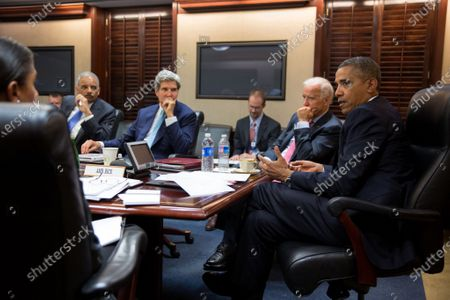 United States President Barack Obama meets with his National Security Staff to discuss the situation in Syria, in the Situation Room of the White House,. From left at the table: National Security Advisor Susan E. Rice; Attorney General Eric Holder: Secretary of State John Kerry; and Vice President Joe Biden. Mandatory