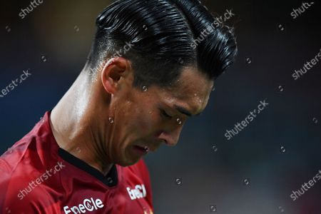 Urawa Reds' Tomoaki Makino looks dejected after the 2020 J.LEAGUE J1 soccer match between Urawa Red Diamonds 1-2 Gamba Osaka at Saitama Stadium 2002 in Saitama, Japan.