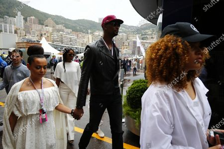Monte Carlo, Monaco. Sunday 29 May 2016. Basketball star Chris Bosh with his wife Adrienne Williams Bosh. World Copyright: Andrew Hone/LAT Photographic