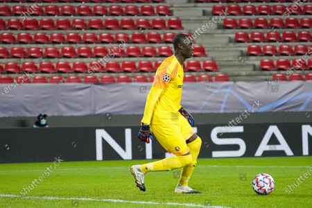 Alfred Gomis of Rennes