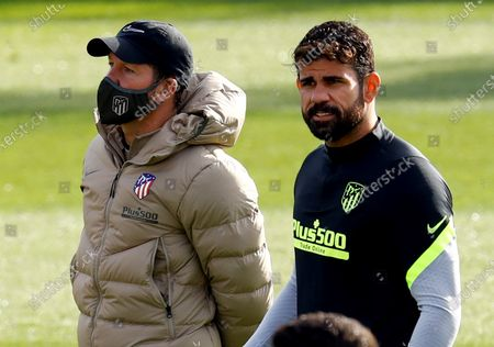 Atletico Madrid's head coach Diego Simeone (L) and Diego Costa (R) attend their team's training session at Sports City in Majadahonda, near Madrid, Spain, 24 November 2020. Atletico Madrid will face Lokomotiv Moscow in their UEFA Champions League group A soccer match on 25 November 2020.