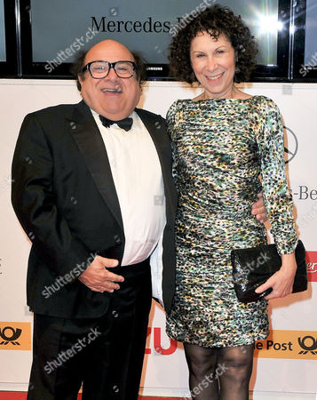 Stock Picture of Danny DeVito and Rhea Pearlman