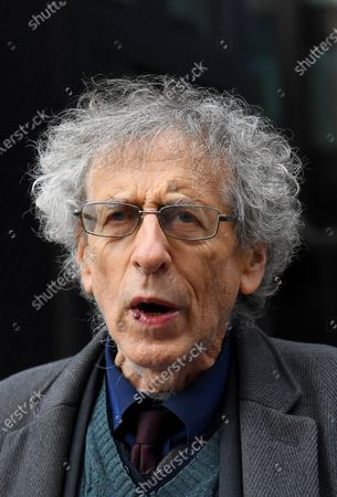 Piers Corbyn near the Bill and Melinda Gates Foundation European HQ in Westminster.