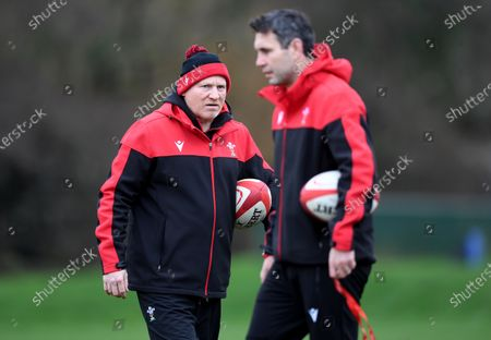 Neil Jenkins and Stephen Jones during training.