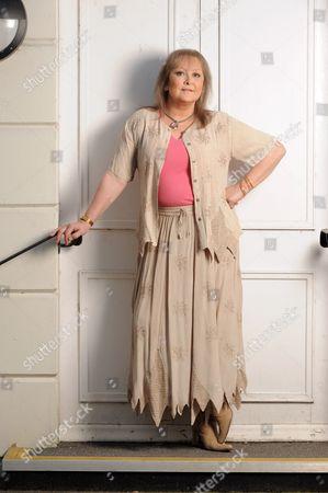 Jenny Hanley - 27 Feb 2009
