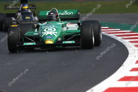 Masters Historic Racing. Autodromo Hermanos Rodriguez, Mexico City, Mexico. Sunday 1 November 2015. James hagan, Tyrrell 011. World Copyright: Charles Coates/LAT Photographic.
