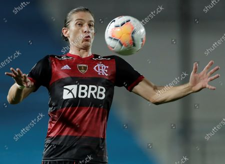 Filipe Luis of Flamengo in action during the Copa Libertadores match between Racing of Argentina and Brazilian Flamengo, at the Presidente Peron stadium, in the city of Avellaneda, in the province of Buenos Aires, Argentina, 24 November 2020.