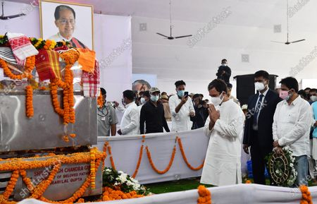 Congress leader Rahul Gandhi (C) paying tribute to former Assam Chief Minister Tarun Gogoi who died after facing post Covid-19 coronavirus complications, at Sankerdev Kalakhetra in Guwahati, Assam, India, 25 November 2020. Former Assam Chief Minister and veteran Congress leader Tarun Gogoi died on 23 November 2020.