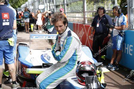2014/2015 FIA Formula E Championship. London e-Prix, Battersea Park, London, UK. Sunday 28 June 2015. Jarno Trulli (ITA)/Trulli Racing - Spark-Renault SRT_01E on the grid.  World Copyright: Adam Warner/LAT Photographic/Formula E.