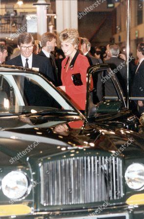Princess Diana 1992 Princess Diana Pictured With A Bentley.