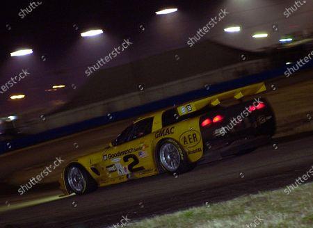 2001 Rolex Daytona 24 Hours Grand Am Series.  Daytona International Speedway, Daytona Beach, Florida, USA. 3rd - 4th February 2001. Rd 1.  Johnny O'Connell/Ron Fellows/Chris Kneifel/Franck Freon (Chevrolet Corvette C5-R), 1st position, action.  World Copyright: ?F.Peirce Williams/LAT USA.  Ref:  aed-2vette-horseshoe.jpg