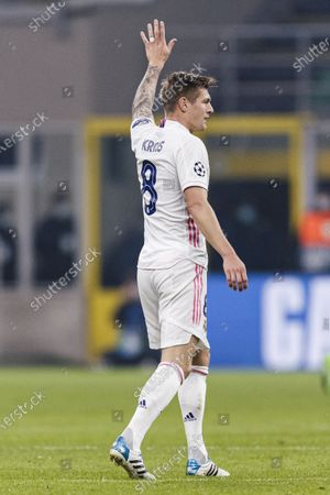 Toni Kroos of Real Madrid gestures