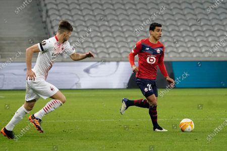 Benjamin Andre of Lille brings the ball out