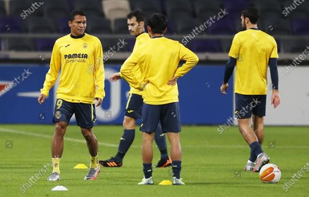Carlos Bacca (L) and teammates of Villareal during the warm-up for the UEFA Europa League Group I match between Maccabi Tel-Aviv and Villareal in Tel-Aviv, Israel, 26 November 2020.