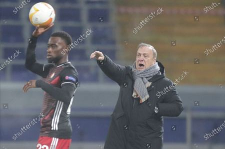Feyenoord's head coach Dick Advocaat gives instructions during the Europa League Group K soccer match between CSKA Moscow and Feyenoord at CSKA Arena in Moscow, Russia
